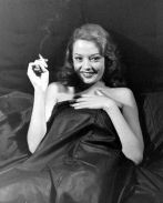 Jane Greer in Out of the Past 1947 (14)