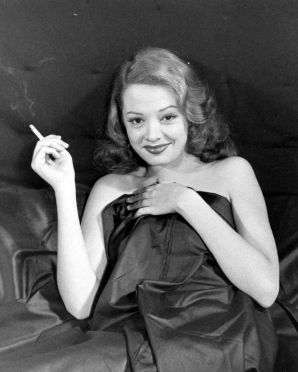 Jane Greer in Out of the Past 1947 (15)