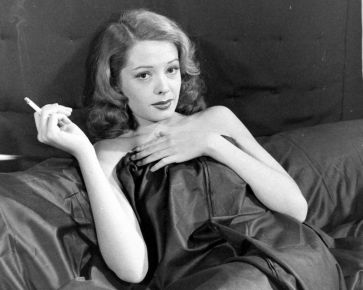 Jane Greer in Out of the Past 1947 (19)