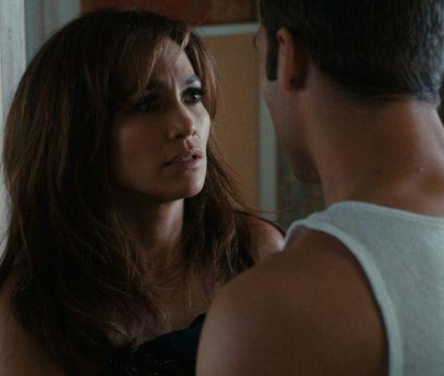 Jennifer Lopez Boy Next Door Movie Stills5