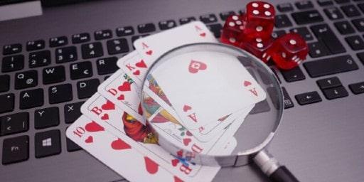 オンラインカジノとは一体何か?
