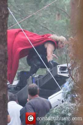 Chris Hensworth como Thor durante as Gravações