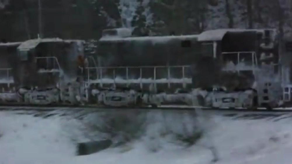RUNAWAY! Alaska Railroad in Runaway Train (1987) (3/5)
