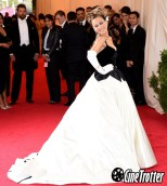 Sarah Jessica Parker in Oscar de la Renta – MET GALA 2014-Red Carpet