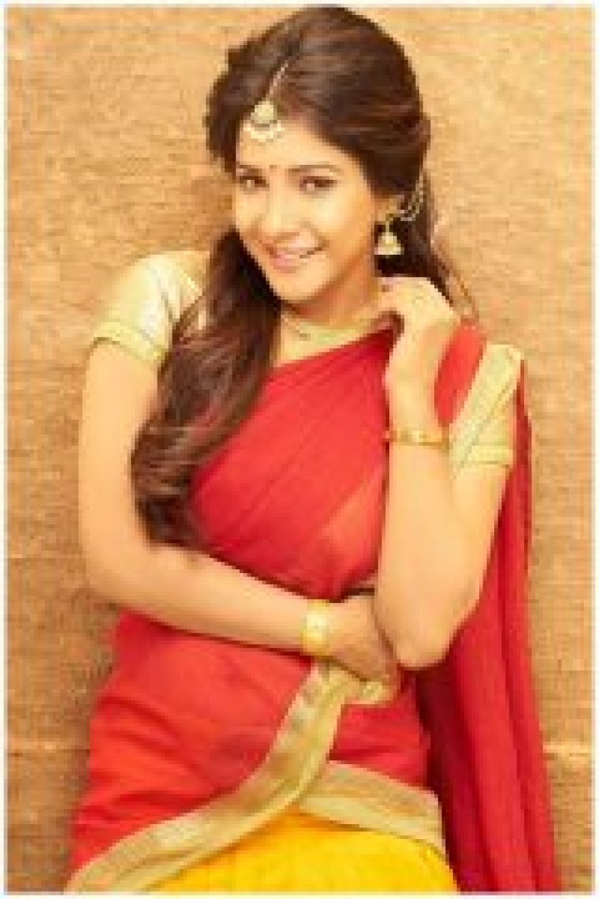 Traditional Sakshi Agarwal