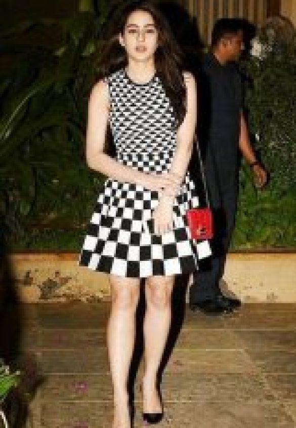 Sara Ali Khan in Black