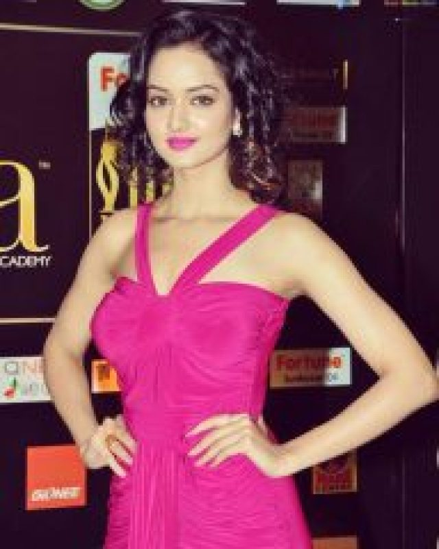 Shanvi Srivastava  in pink