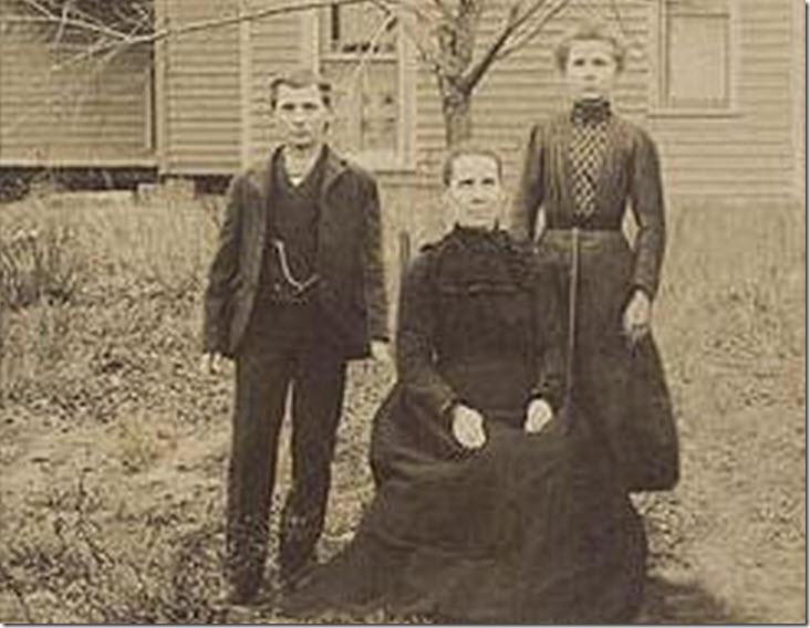 Foto real de la familia Buckley