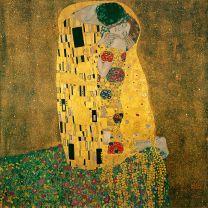 El beso en el arte es la expresión del ideal platónico del amor en la que se funden las almas de los amantes.
