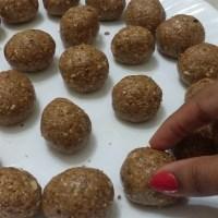 Sago Khichadi & Peanut Laddoo