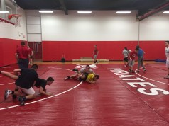 newcomers wrestling, first round