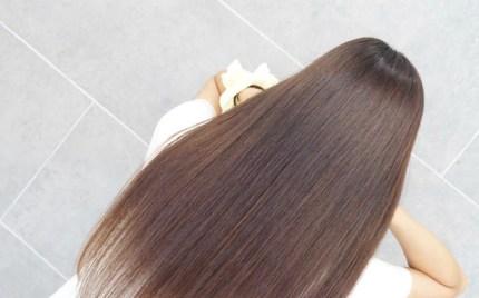 髪質改善された綺麗なストレートヘア