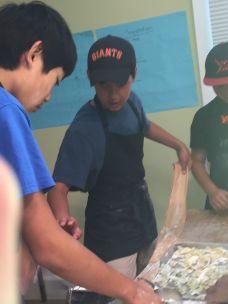 Pizza, Para, Boys Craking Pasta