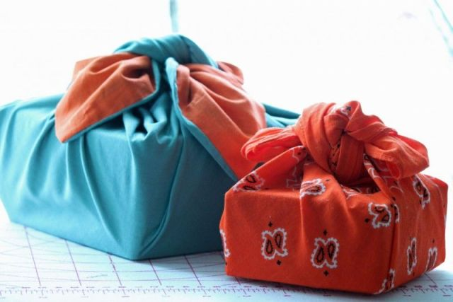 Furoshiki cloth gift wrapping. Photo: Weekend Knitter.