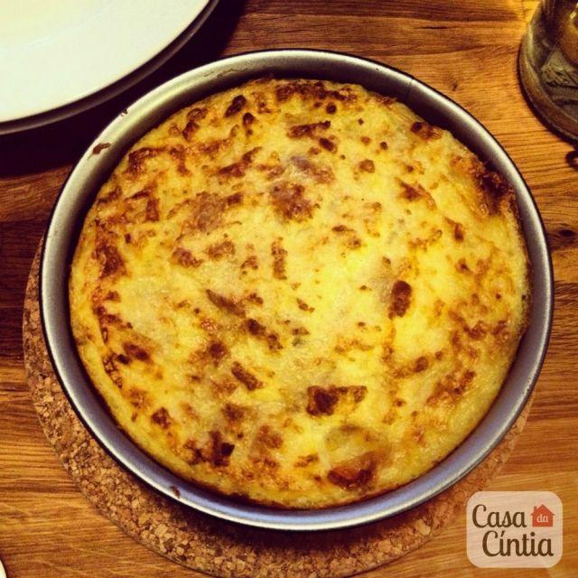 Receita de escondidinho (carne moída com purê de batatas) do site www.cintiacosta.com