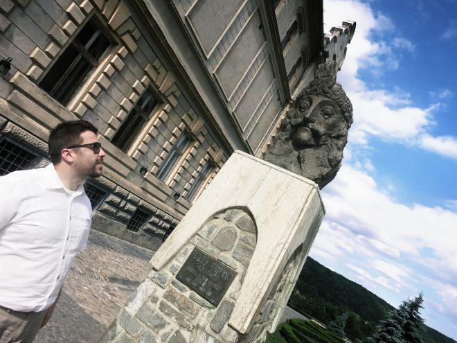 Statuie Vlad Țepeș - Ciprian Țepeș - Creștin Ortodox, Front-end Web Developer / Web Designer