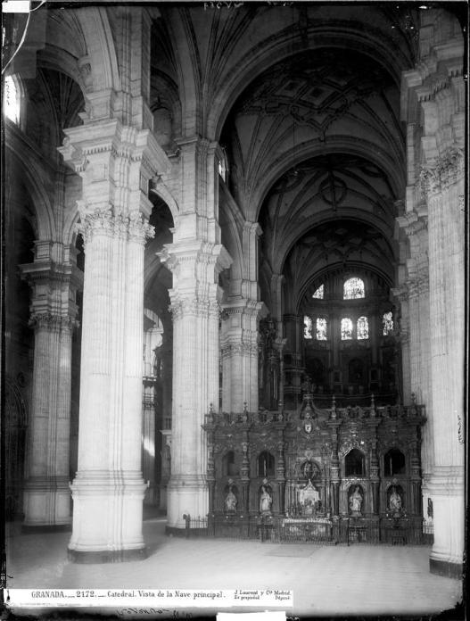J. Laurent. Interior de la catedral de Granada. Foto: IPCE (Archivo Ruiz Vernacci)