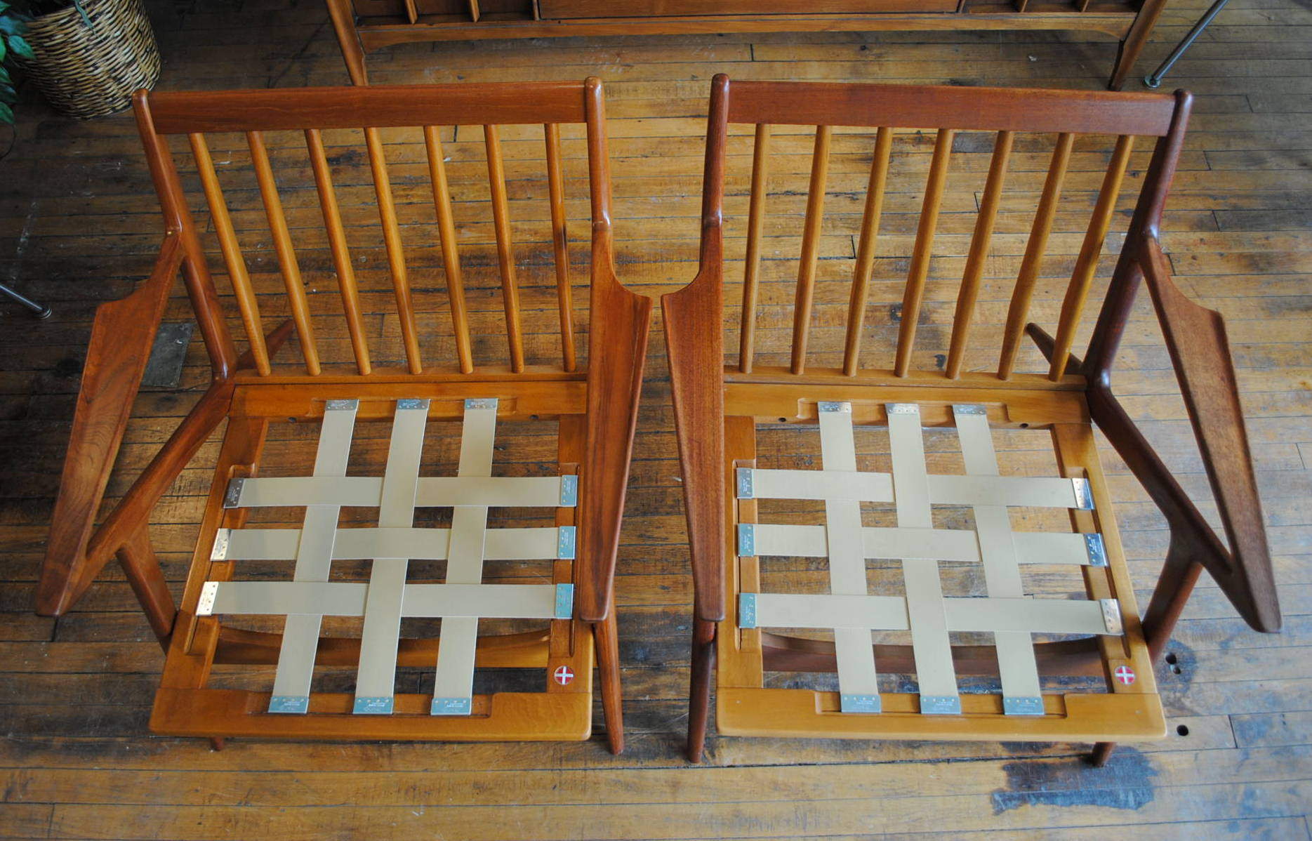 Pair Of Early Poul Jensen U0027Zu0027 Chairs In Teak