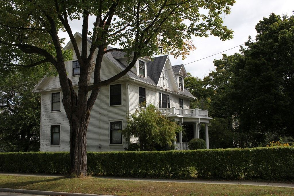 Michigan 1906 Revival