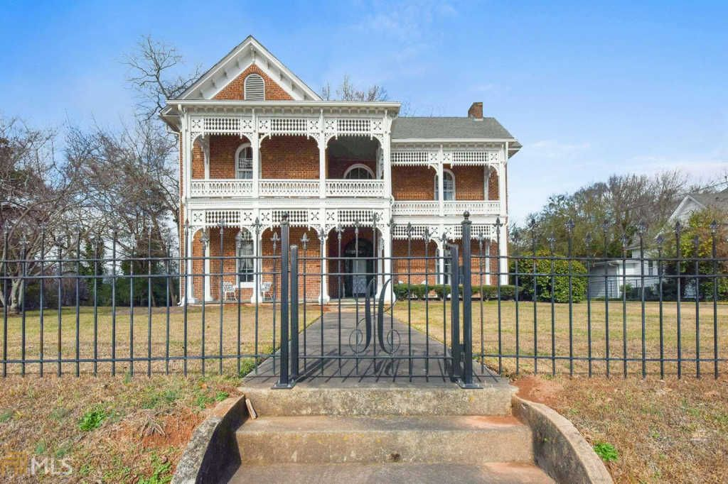 1870 Post Civil War Italianate In Fairburn Georgia