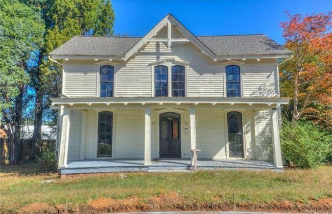 North Carolina 1872 Charming Fixer Upper