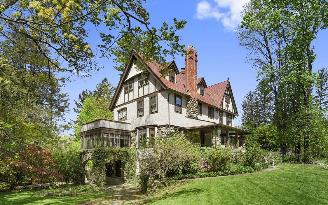 1909 Tudor In Mount Kisco New York