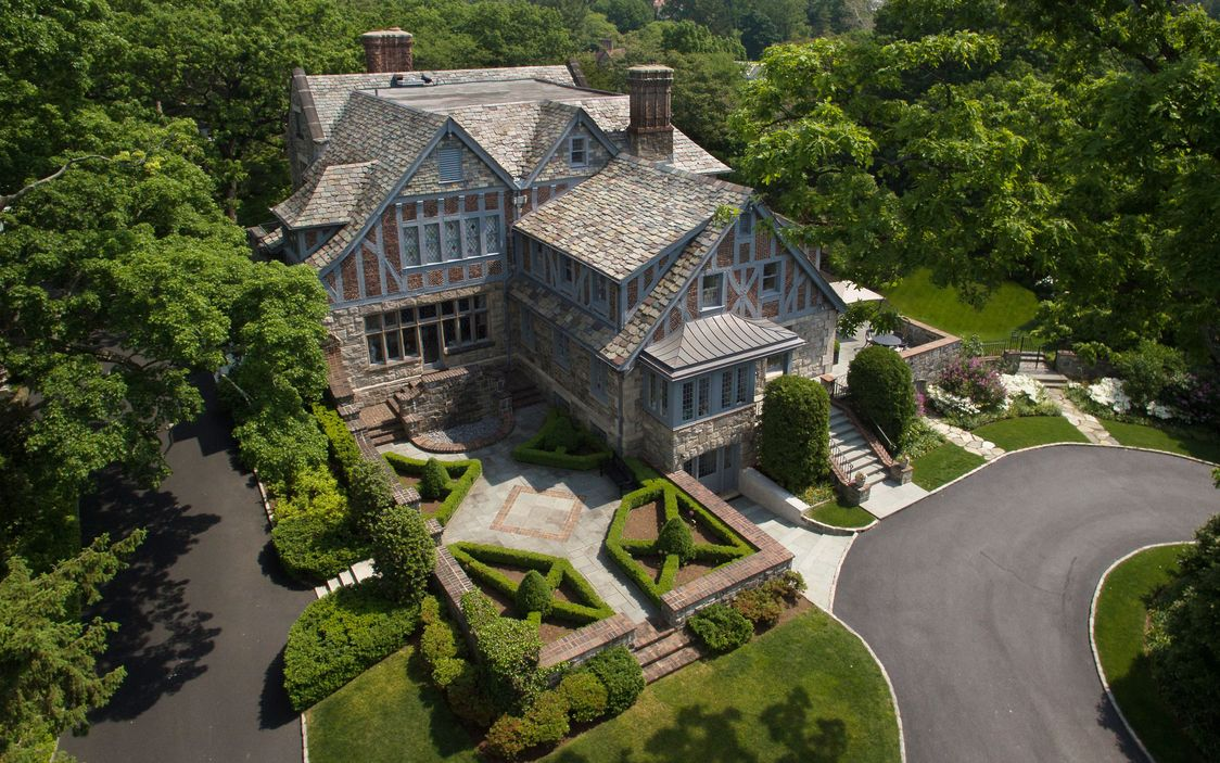 1870 Oakledge Manor In Bronxville New York