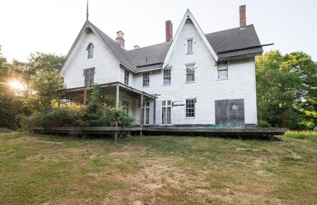 Rhode Island 1848 Gothic Revival Fixer Upper