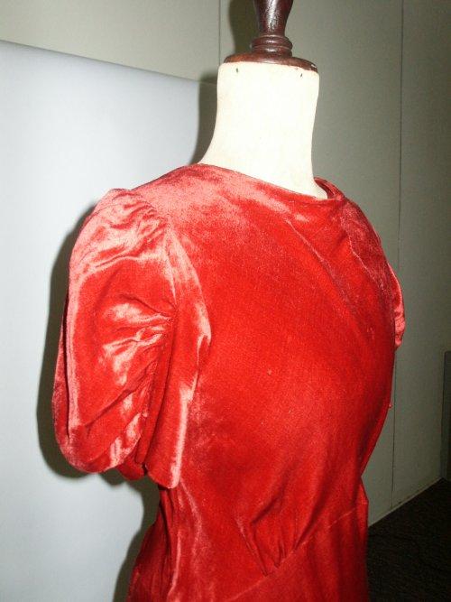 30s red velvet gown