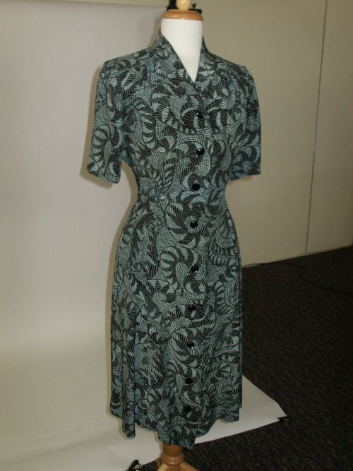 40s swirly dress