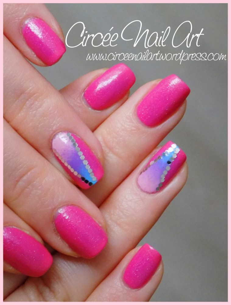Nail art triangle galactique (3/6)