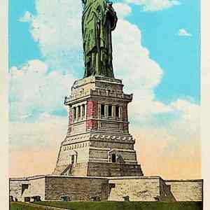#5401 Statue of Liberty with Passenger Plane, ca1920s
