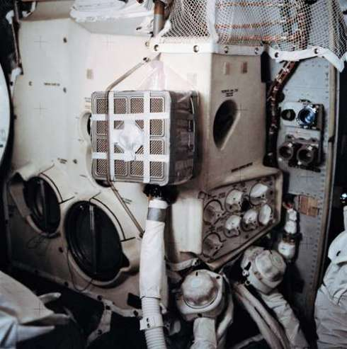Interior-Apollo-13-lunar-module-arrangement-astronauts.jpg