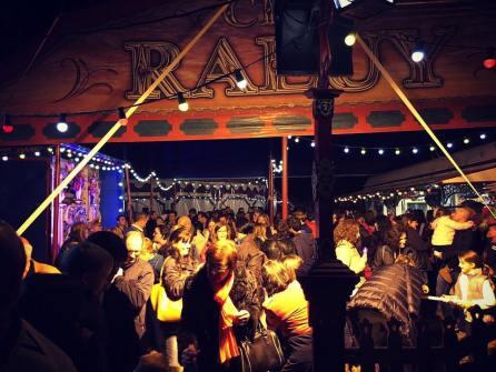 Público en el Circo Raluy