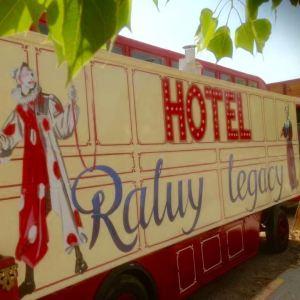 Circo Raluy Hotel