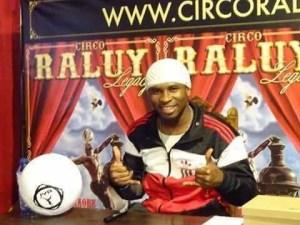 Iya Traore en el Circo Raluy