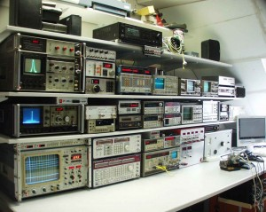 Ralph Berres built this workspace for his radio and metrology projects