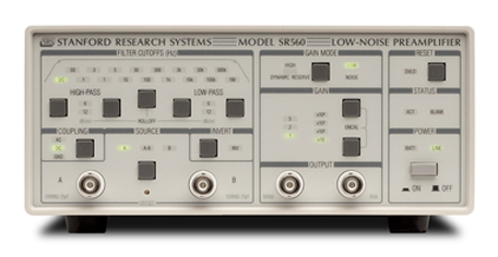 Photo 1a:The Stanford Research Systems SR560 low-noise voltage preamplifier