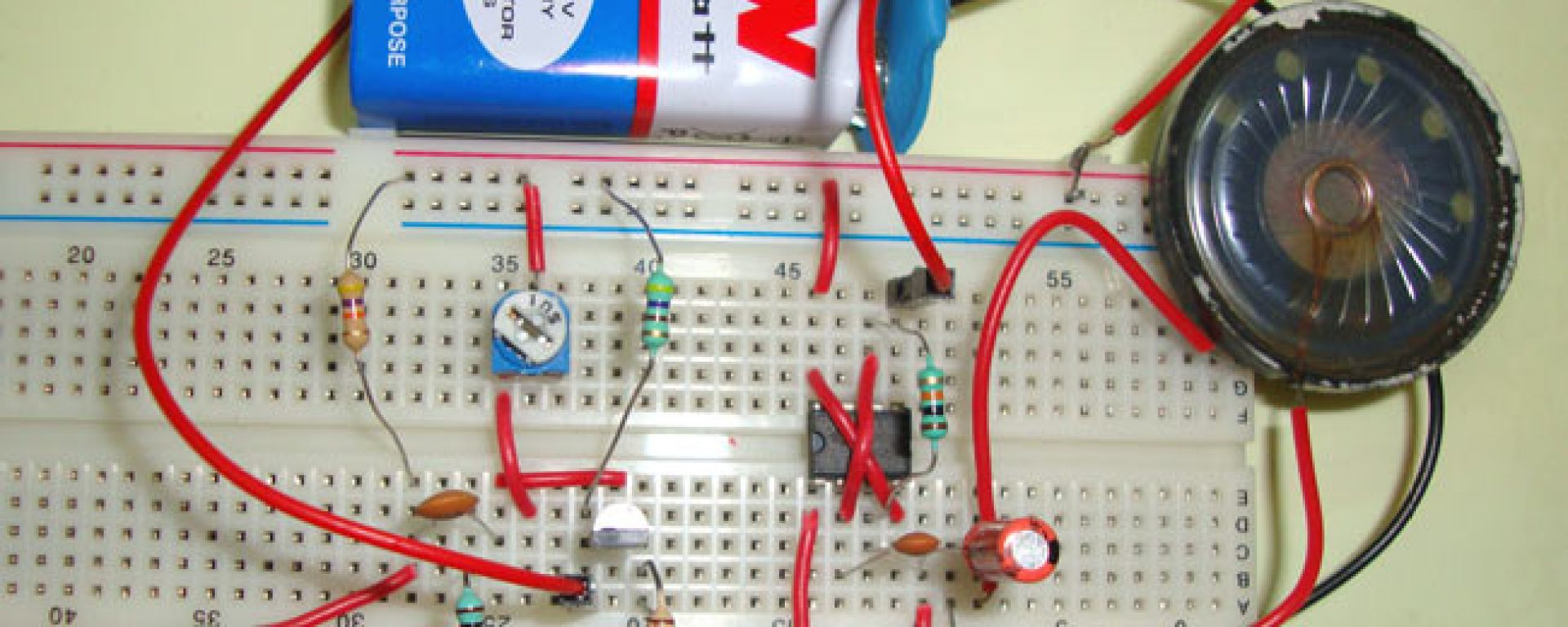 Simple Audio Amplifier Using 555 Timer Ic Technology Hacking Internal Diagram Circuit