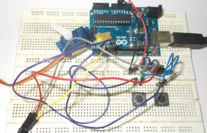 Servo Motor Interfacing with Arduino Uno: Tutorial with