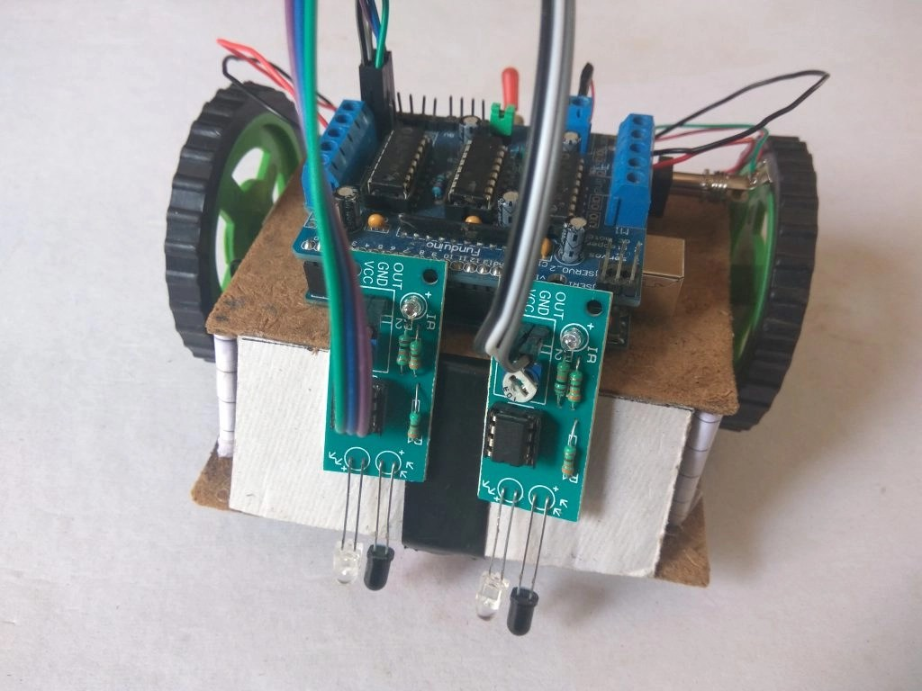 Making of a Simple Line Follower Robot with Arduino final step