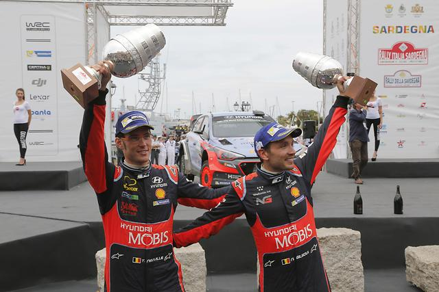 WRC: Thierry Neuville on top in Rally Italia Sardegna in his Hyundai i20
