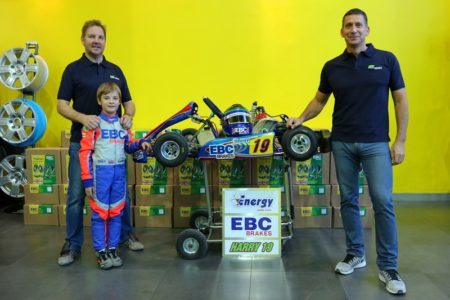 Harry with Dad Dan Hannam & Jon Simmonds of Motorsport Wheels