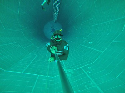 Free Diving at Nemo33 in Belgium 33mtrs constant weight  with monofin