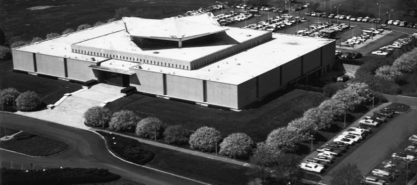 An areal view of the National Library of Medicine building on the NIH campus when it was new.