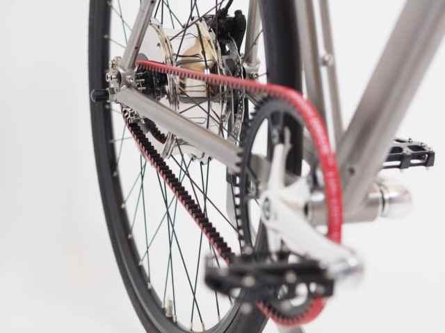 vélo électrique nua moyeu arrière
