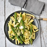 asparagus, lemon and basil pasta