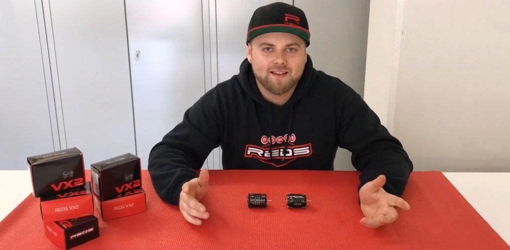 Elliott Boots parle des moteurs 1/10 REDS VX2