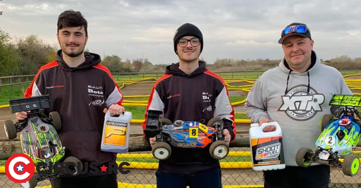 Joni Skidmore TQs & wins at Slough Winter Series Rd1