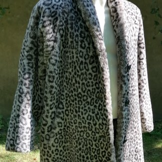 Grey Snow-Leopard Faux Fur Coat, U.FAUX2.01, front 3